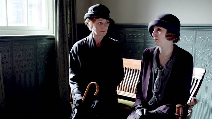 _Downton Abbey_'s Stars and Executive Producer on Episode 6