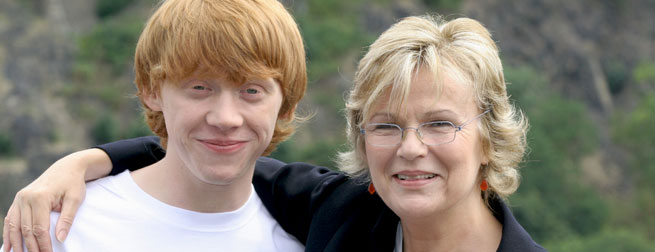 Rupert Grint (Ron Weasley) and Julie Walters