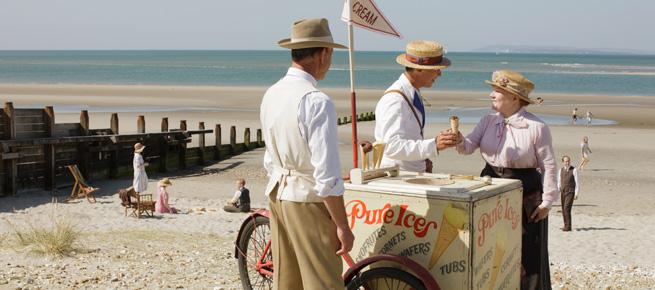 Mrs. Patmore buys an ice cream