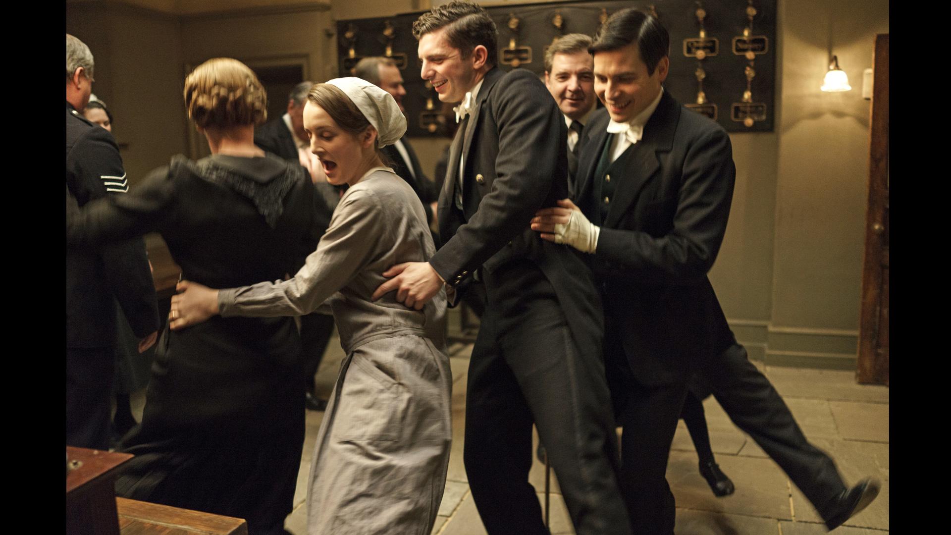 downton abbey season 6 episode 1 behind the scenes 1 episode 1