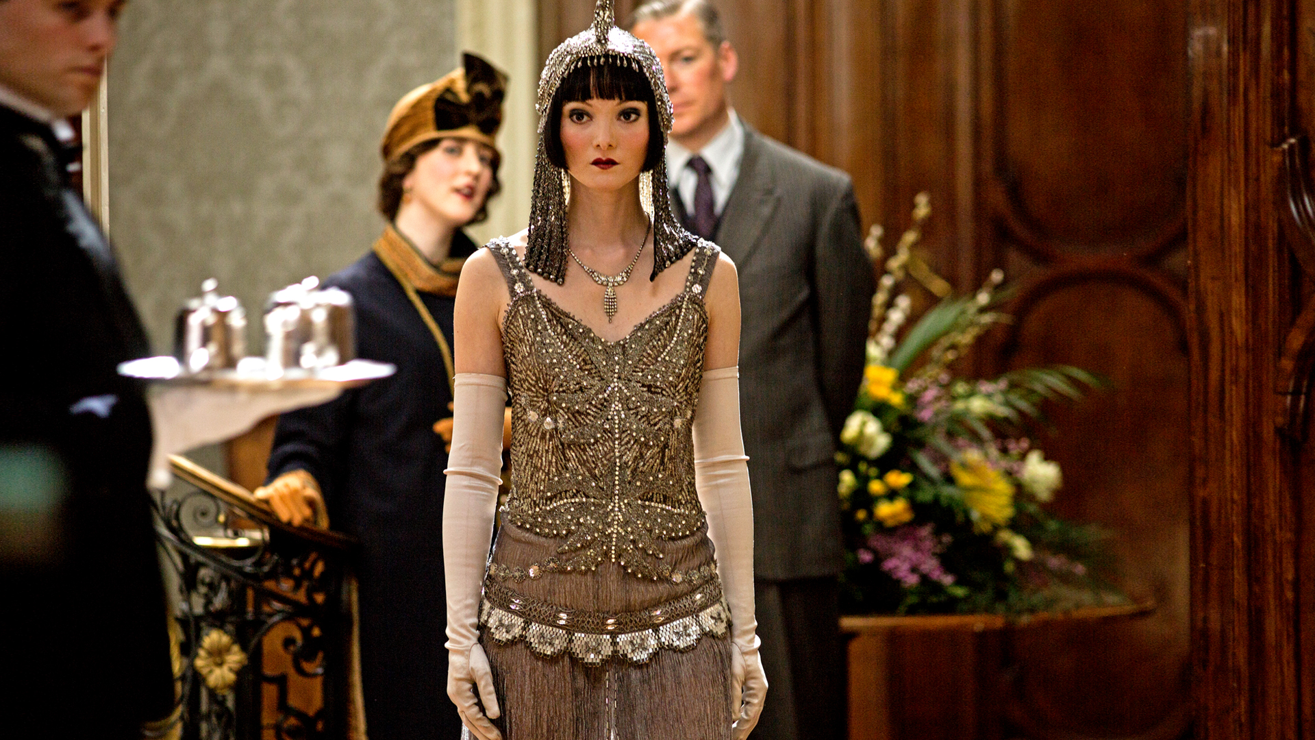 Online Home Designer Downton Abbey Season 5 Secrets Of The Catwalk 4
